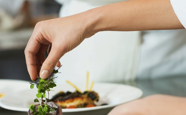 How to eat out and keep healthy